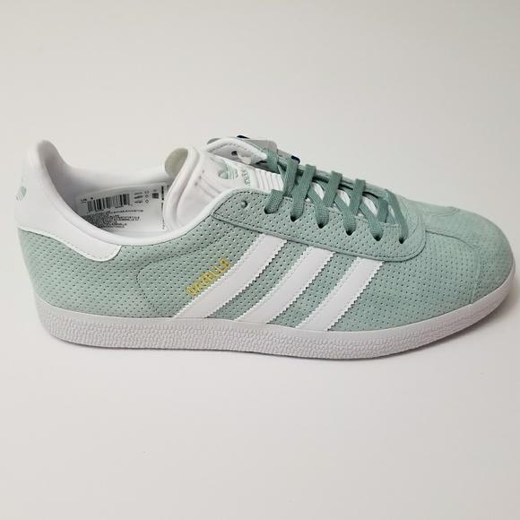 pretty nice 6efce a1c41 New Womens Adidas Gazelle Mint Green US 9